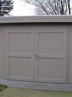 Garage in hout