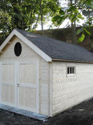 Garage in hout