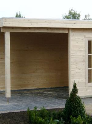 Prieel in hout met plat dak