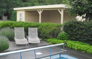 poolhouse plat dak met ruime zithoek Hoegaarden